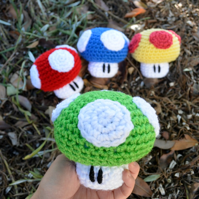 Free Crochet Patterns | Free Crochet Pattern Mushroom Keychain ... | 820x820