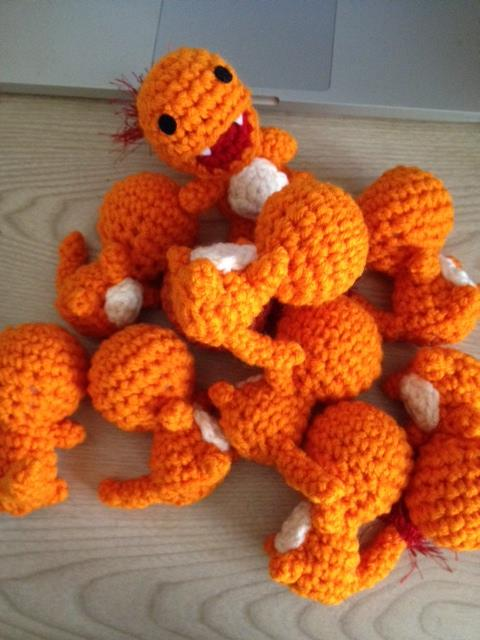Baby Charmander (with pattern) by aphid777 on DeviantArt | 640x480
