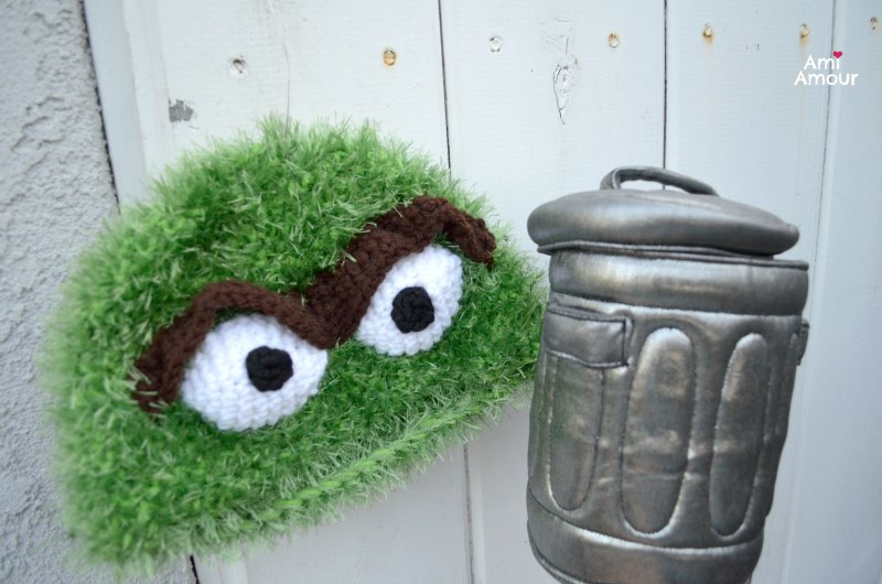 Crochet Oscar Hat with Trash Can