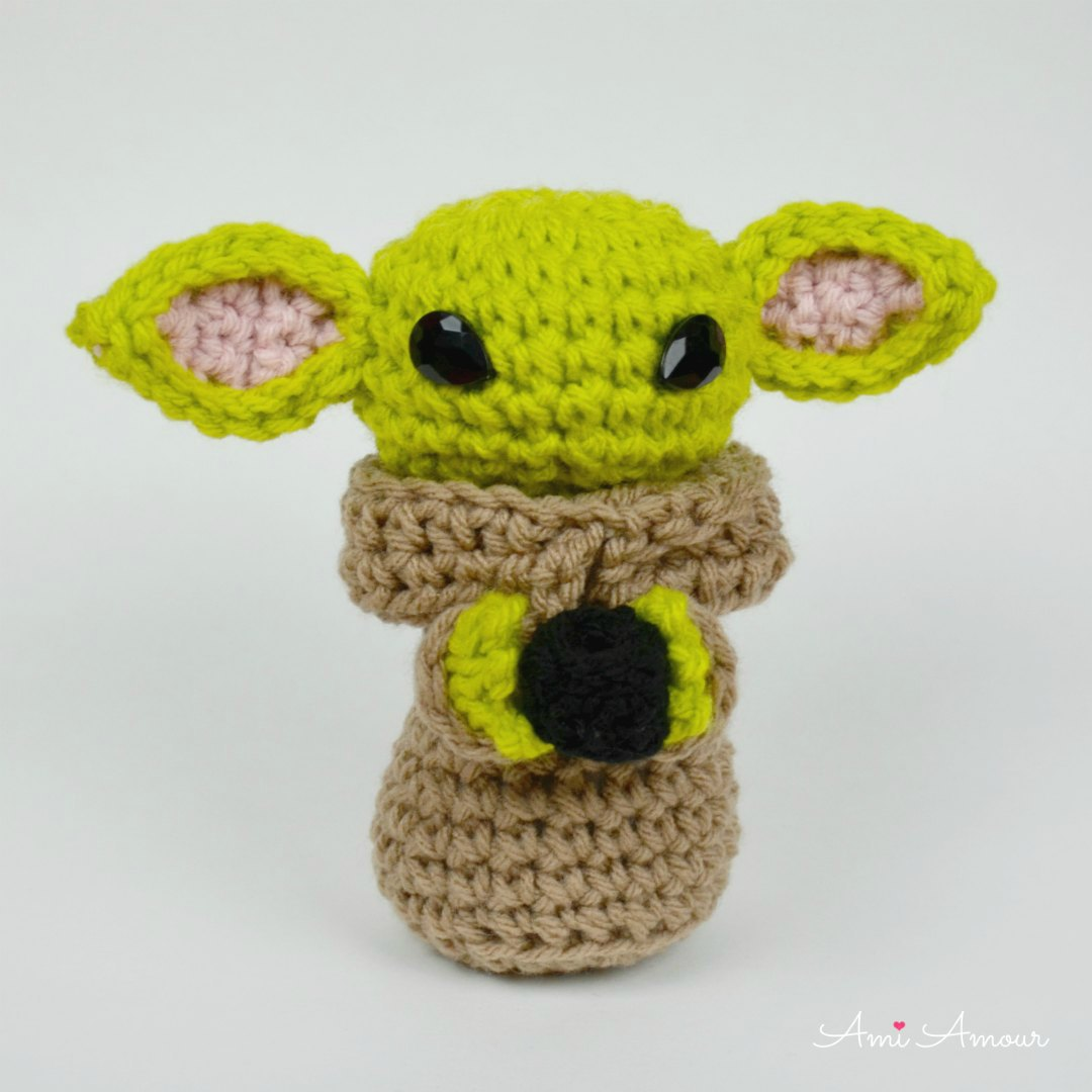 Working on a baby Yoda! : Amigurumi | 1080x1080