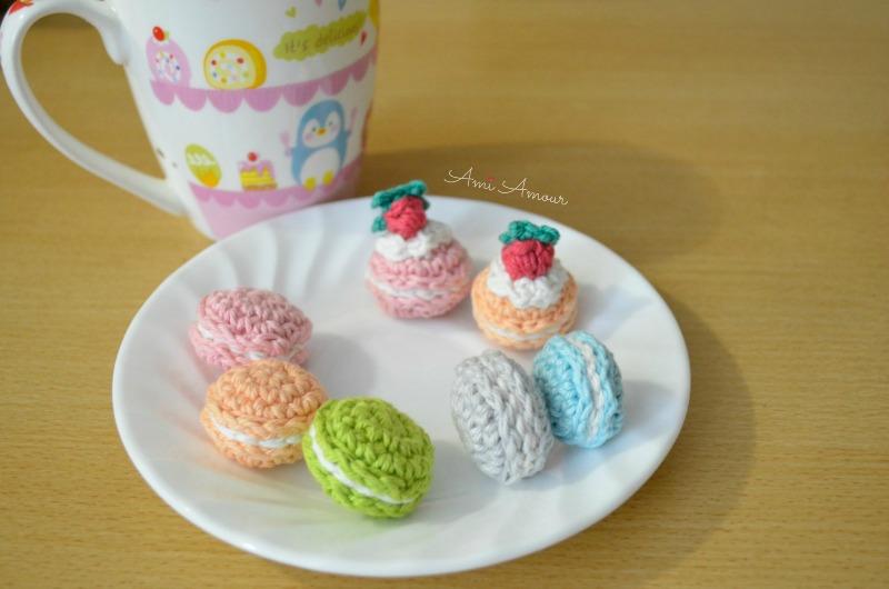 Crochet Macaron Pattern