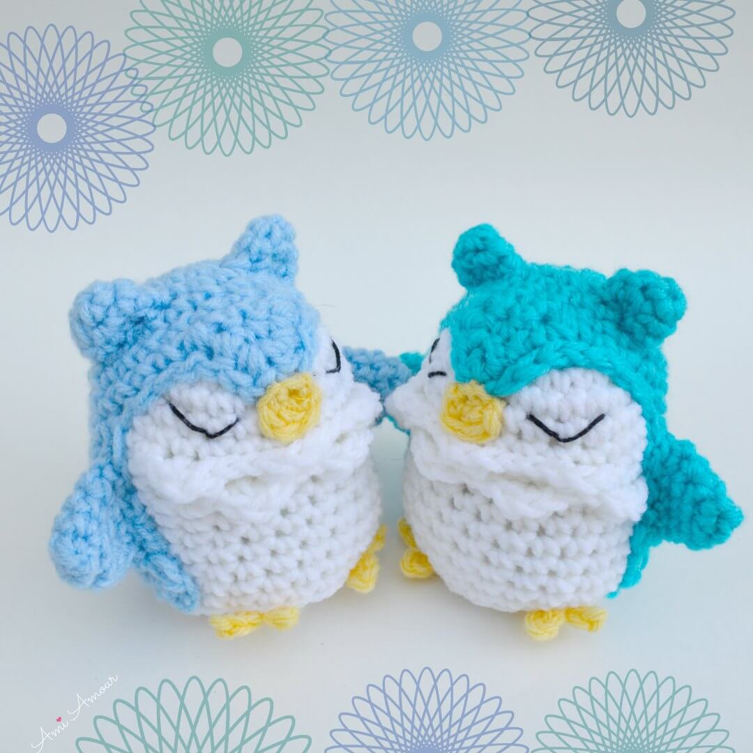 2 Owl Amigurumis with Sleepy Eyes