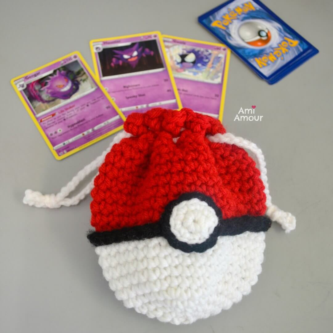 Crochet Pokeball Bag - Free Crochet Pattern