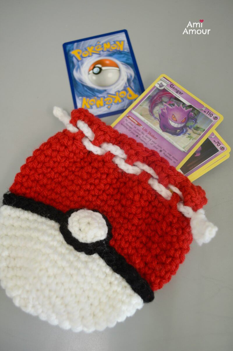 Free Crochet Pattern for Pokeball Bag