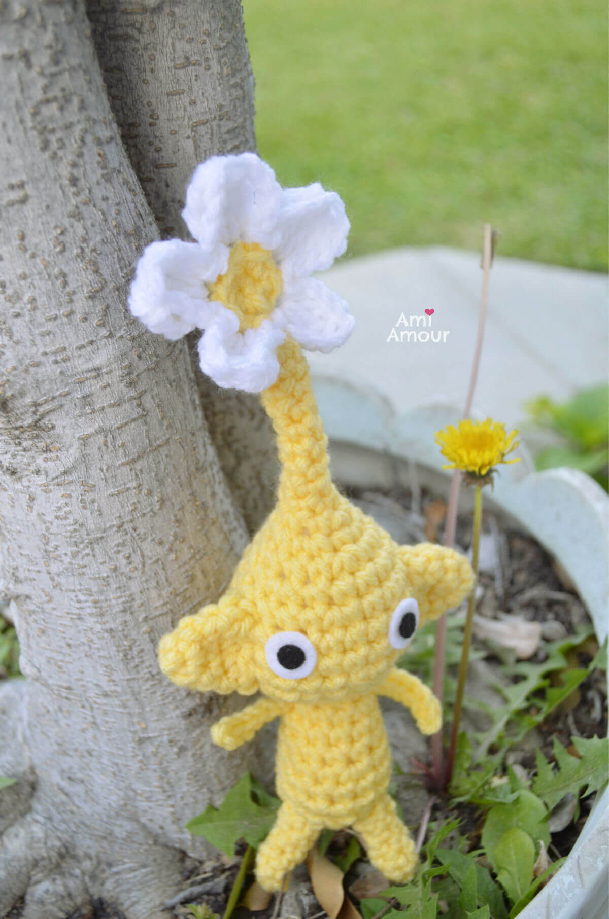 Yellow Pikmin with Flower