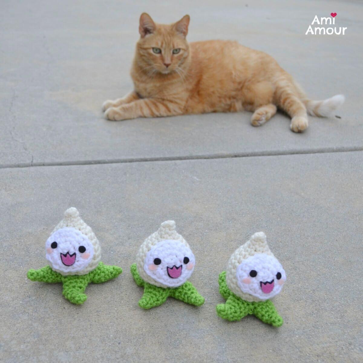 Crochet Pachimari with Orange Tabby Cat