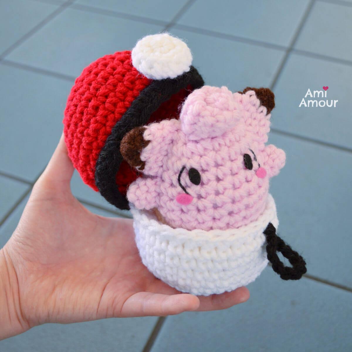 Crochet Clefairy inside Pokeball amigurumi