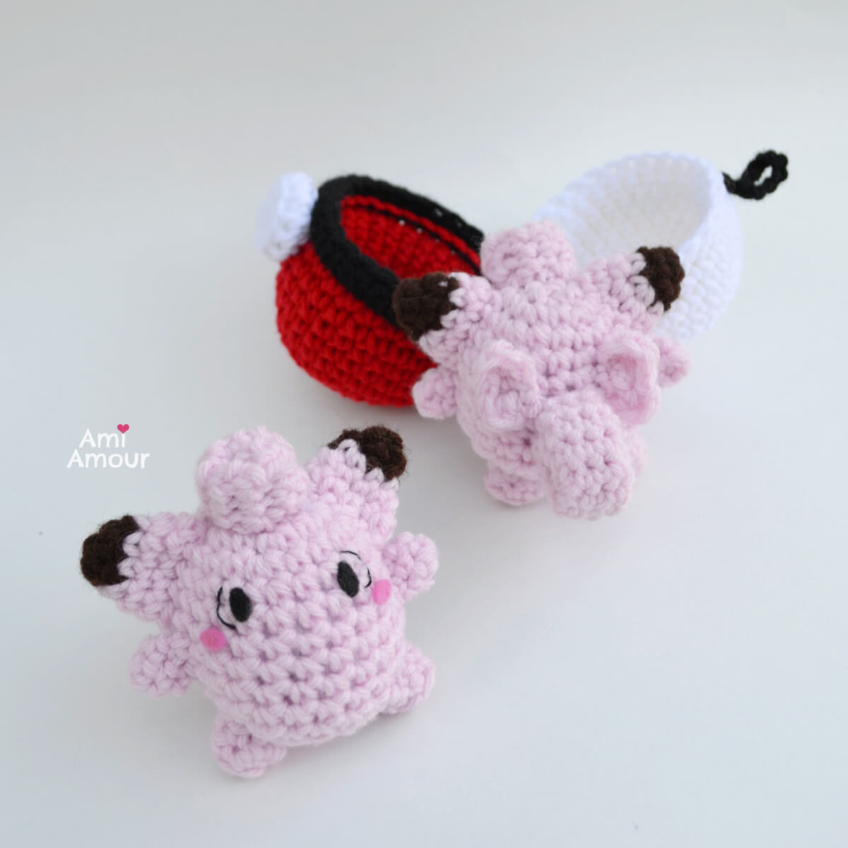 Clefairy Amigurumi - Front and Back View