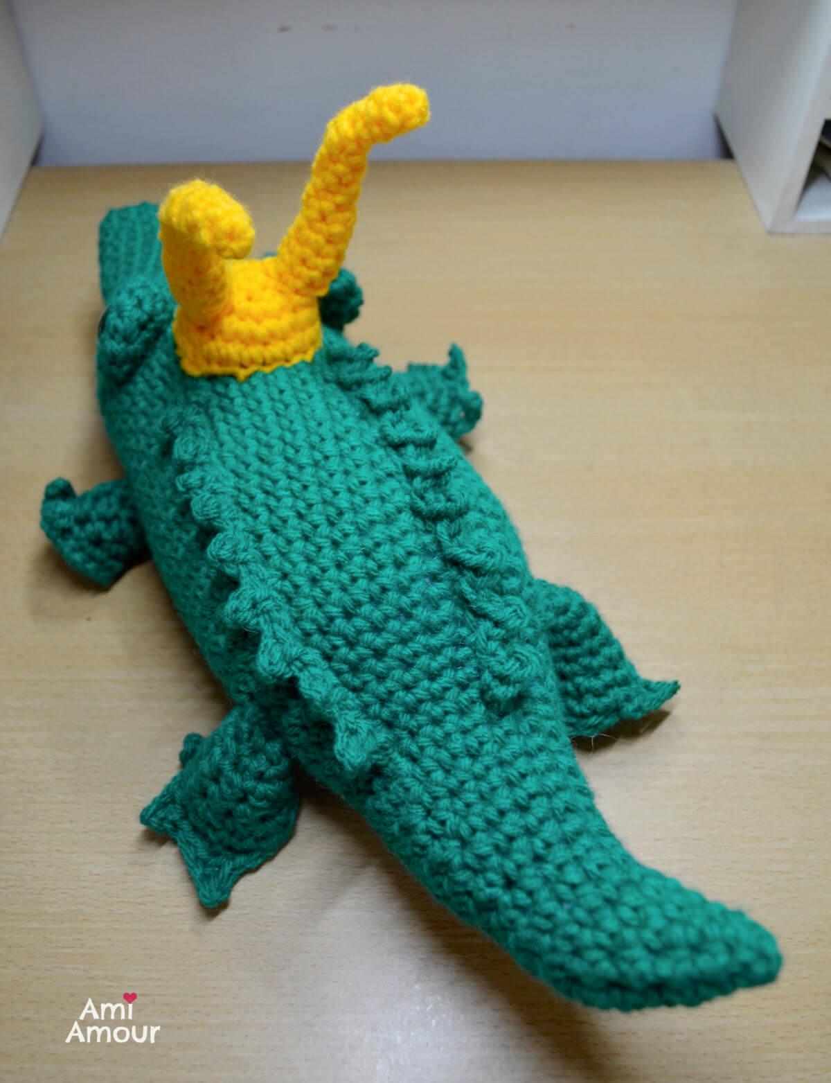 Crochet Alligator Back